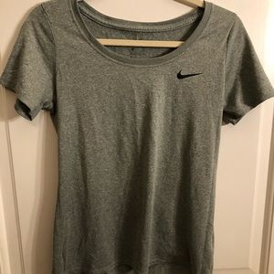 gray nike dri-fit t-shirt